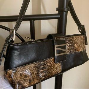⭐️NWOT!❤️VITTORIO Specialty Satchel/Night Handbag